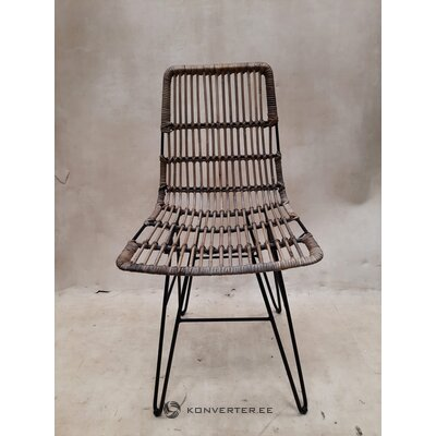Brown garden chair (healthy, sample)