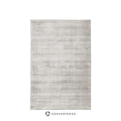Gaiši pelēks-bēšs ar rokām austs viskozes paklājs (jane) 200x300cm (ar skaistuma defektiem zāles paraugs)