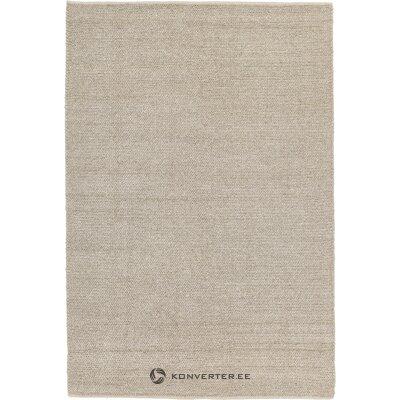 Ruskea matto uno (benuta)
