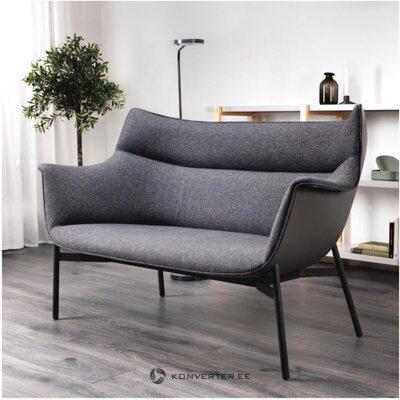 Tamsiai pilka sofa (ypperlig)
