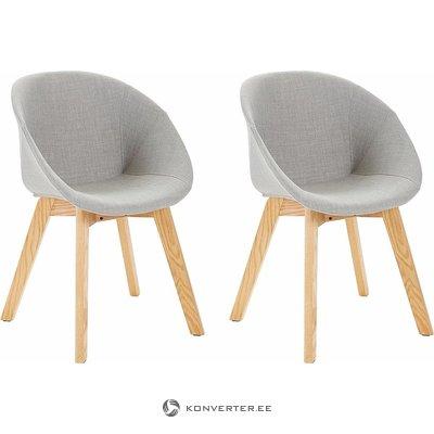 Šviesiai pilka-ruda kėdė