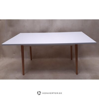 White dining table (with beauty flaws, hall sample)