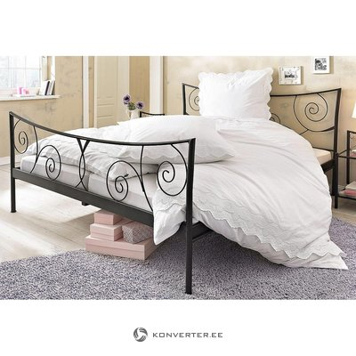 Black Metal Bed (Princess) (180x200cm)