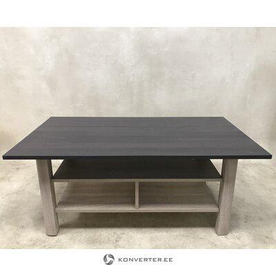 Коричневый журнальный столик с полкой