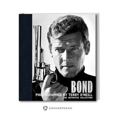 James Bondin acc-kirja (koko, salinäyte)
