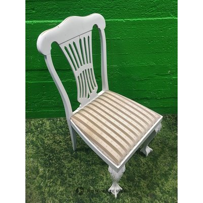 Romantic style solid wood chair