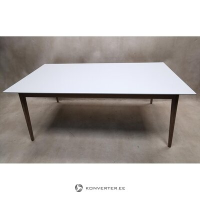 White-brown oak dining table (boconcept milano)