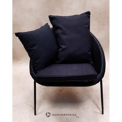 Прихожая с садовым креслом