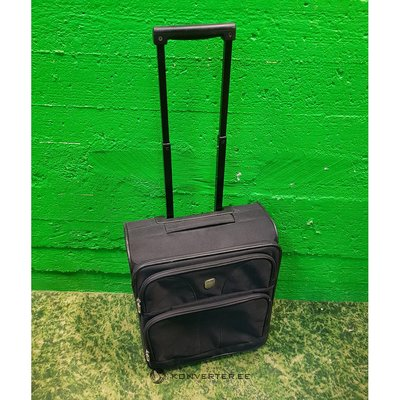 Black small suitcase (saturn)