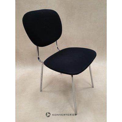 Melna metāla kāju krēsls