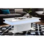 Valkoinen valkoinen kiiltävä sohvapöytä, jossa valaistus