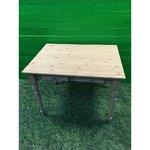 Легкий обеденный стол из массива дерева с 2 ящиками (с росписью)