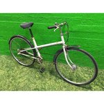 Beige retro 3-speed bike