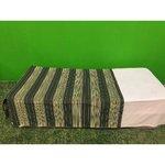 Roheline sametiga kolmveerand kattev voodikate
