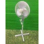 Suur reguleeritava jalaga ventilaator ilma puldita (pult puudu)