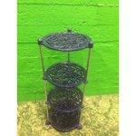 Sinine metallist lillepostament