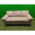 Beige vuolukivi sohva