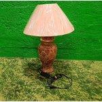 Настольная лампа с розовым супом