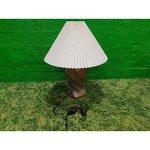 Настольная лампа с белым каштаном