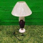 Большая фиолетовая настольная лампа