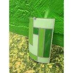Klaasist roheline seinalamp ühe sokliga