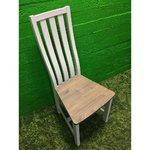 Valge puidust tool