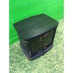 Must TV-kapp klaasuste ja pöörleva plaadiga